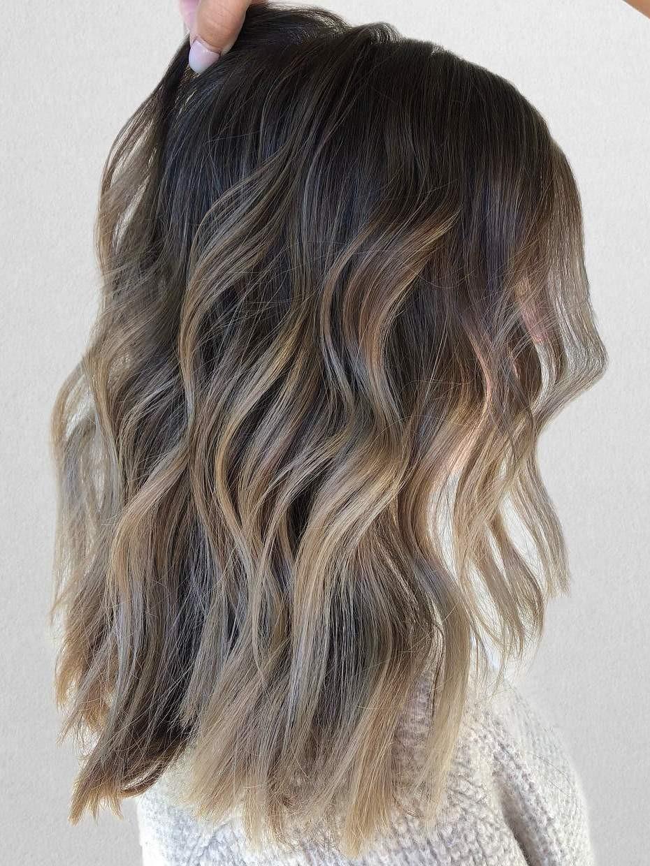Top Barvy Vlasů Pro Rok 2019, Které Musíte Zkusit