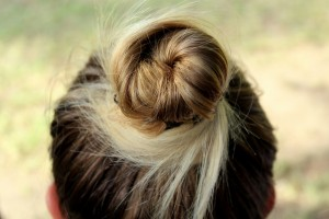 www.kdomestriha.cz-padani-vlasu-neunavujte-vlasy